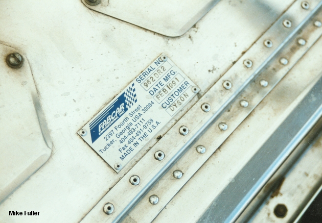 DR2's tub serial plate, Copyright Mike Fuller