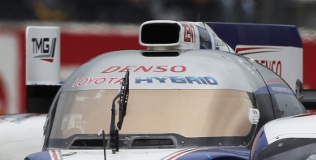 Toyota TS030 engine inlet design #1, Le Mans Test Day